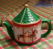 Alberta 1275 Carousel Teapot (stained)