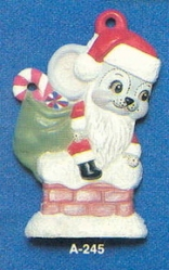 Alberta Ornaments 0245 Santa mouse on chimney