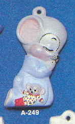 Alberta Ornaments 0249 praying mouse in sleepers