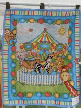 Bacoople carousel quilt