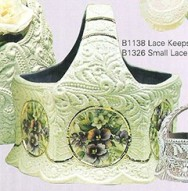 Booth 1138 large keepsake basket