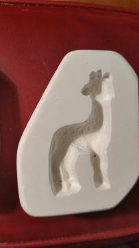 D&H 131-G porcelain giraffe mold