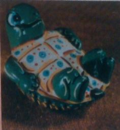 Duncan TM 0046 turtle on back