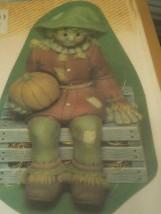 Scioto 0947 scarecrow ledge sitter