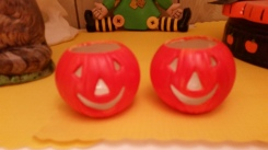 tealight pumpkin cups