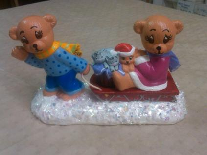 bears on sleigh (CC almost done)