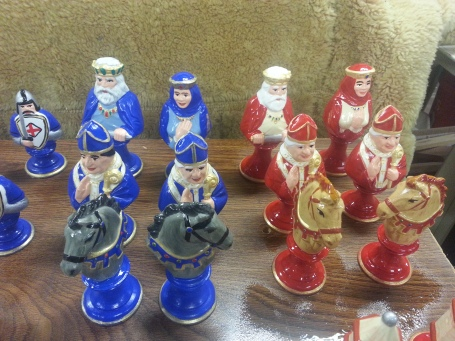 Byron 820-824 chess set medieval AJ