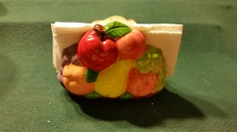 courtneys fruit napkin holder