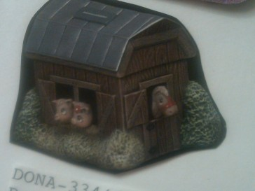 Dona 0334 & Dona 0334b musical barn bank