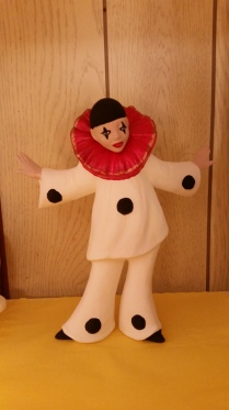 Standing Pierott Clown CC