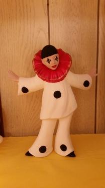 Standing Pierott Clown CC