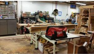 molds Jim building shelves June 2016