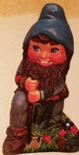 Alberta 0679 large gnome with shovel