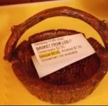 Hershey 00189 basket from log