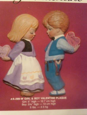 Alberta 0299 girl and boy valentine plaque