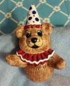 Boothe 0555A juggling bear clown CC