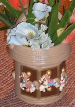 Clay Magic 0687 0688 0689 carousel basket with flowers