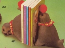 Macky 0802 & 809 stuffed (soft) seal bookends (wrong number)
