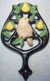 partridge in a pear tree trivet