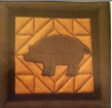 DONA 0325 PUNCHED METAL PIG PLAQUE