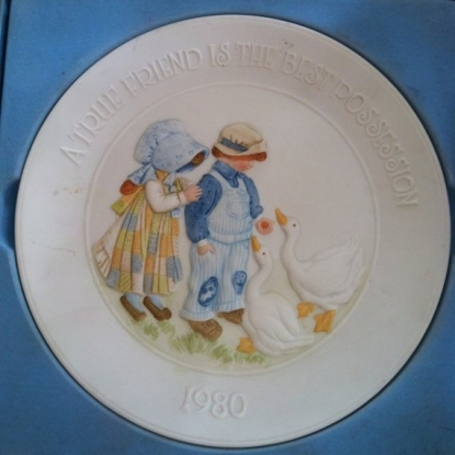 Fantasy 0342 Holly Hobby Plate with A True Friend