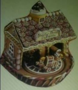 Gare 0972, 973, 974 GINGERBREAD HOUSE MUSIC BOX