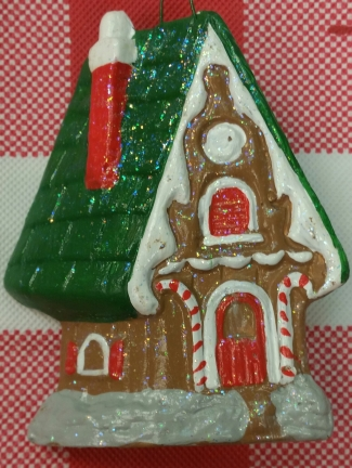 GINGERBREAD HOUSE ORN