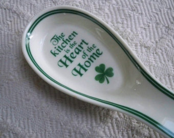 Duncan 0020B spoon spoon rest with shamrock