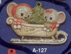 Alberta Ornaments 0127 Mice in Sleigh