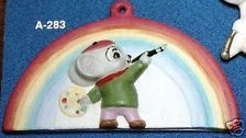 Alberta Ornaments 0283 Artise mouse paints rainbow
