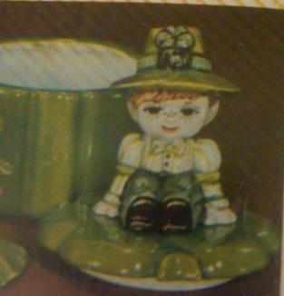 Duncan 0387 shamrock box with girl & boy lids