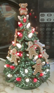 Gingerbread Cookie Tree CC