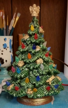 Small Spruce tree with gold ornaments CC