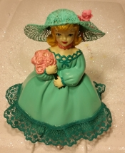 Dottie with flowers in lace CC