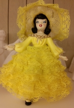 Holland 0446 Dottie in Yellow Lace CC