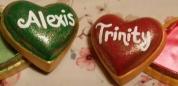 arnel-0027-heart-box-with-ruffle-alexis-trinity.jpg