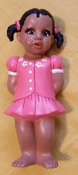 clay magic 1132 girl standing (freckles)