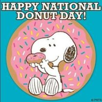 snoopy with donut